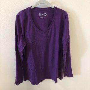 Long sleeve Hanes T-shirt size XL